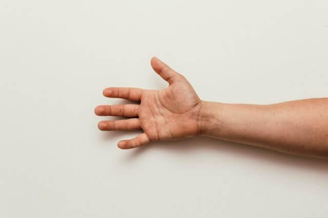 המדריך לחיטוב החלק המידלדל ביד
